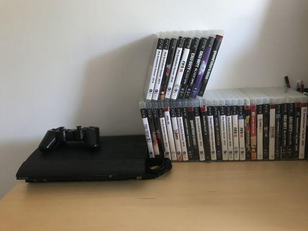Playstation 3 slime 160 gb con 35 giochi e un joystick