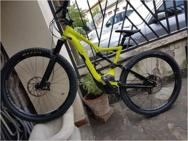 Usato m.t.b specialized turbo levo tipo di bicimountain bike