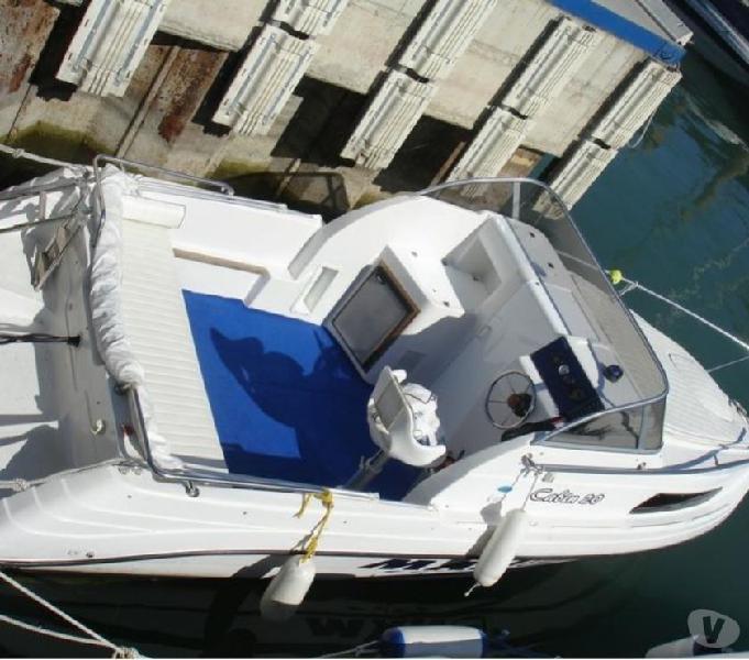 Barca cabinata mano marine 20