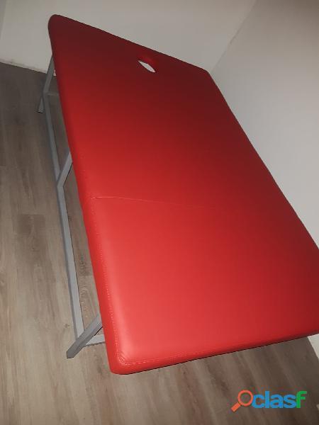 Lettino da massaggio rosso grande