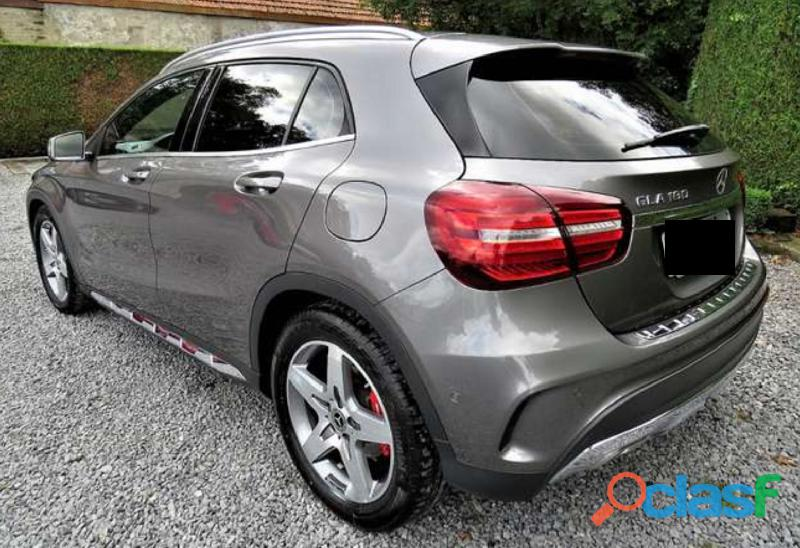 Mercedes GLA 180 Business Solutions AMG Line Aututomatico 2
