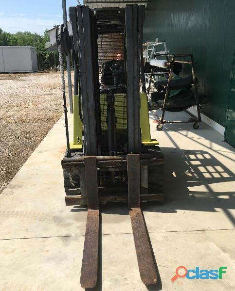 Carrello elevatore Clark EPA30 1