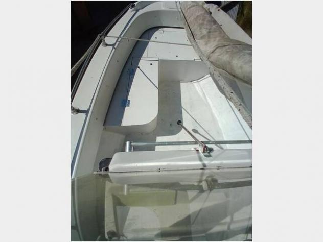Barca a motore open anno2000 lunghezza mt5