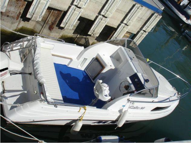 Barca cabinato m20 mano 20 cabin