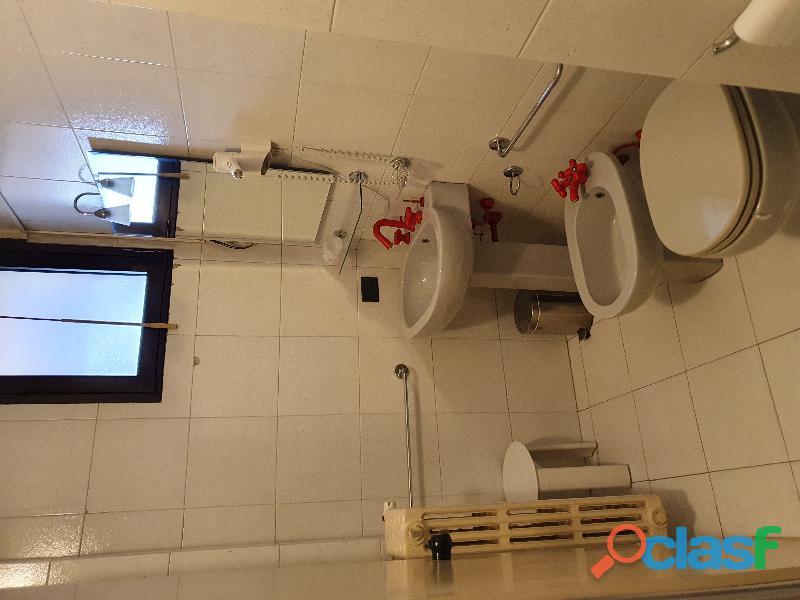 Camera singola con bagno 1