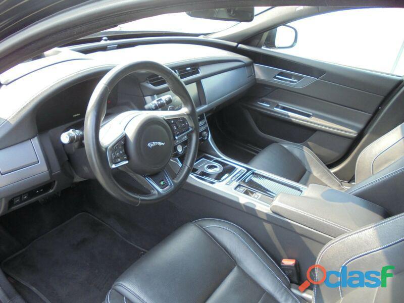 Jaguar XF 30d Aut. R Sport 2