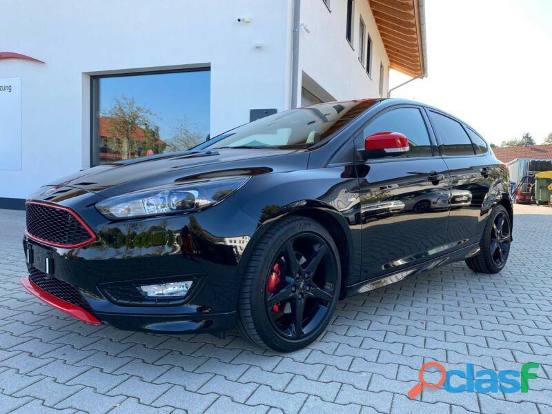 Ford Focus 1.5 EcoBoost Start Stopp System ST Line 2