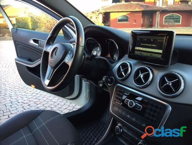 Mercedes Benz GLA 220 CdI 4Matic Sport 4