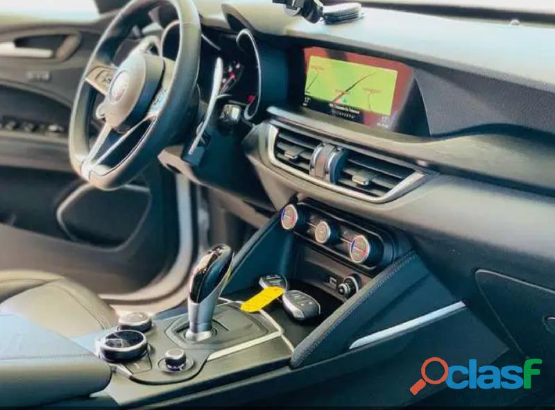 Alfa Romeo Stelvio 2.2 Turbodiesel 160 CV AT8 Sport 1