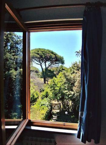 Villetta 7 min. a piedi dal mare, su 2 livelli, 2 giardini,