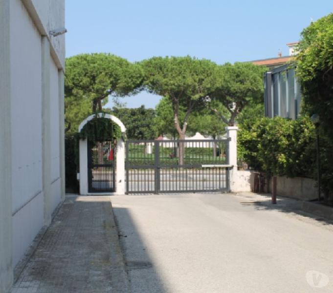 Appartamento vendita 5 vani in residence siracusa