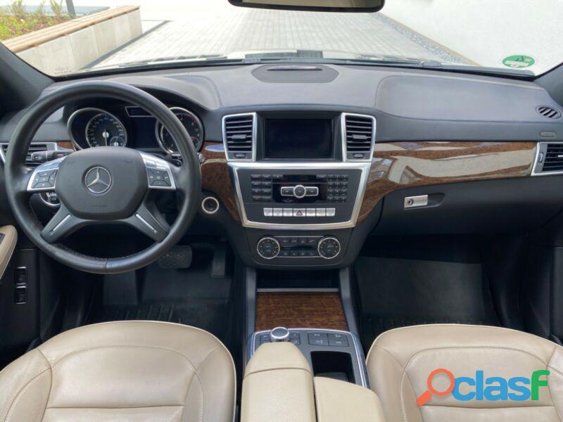 Mercedes Benz GL 350 BlueTEC 4Matic 7G TRONIC Design AMG Paket 1