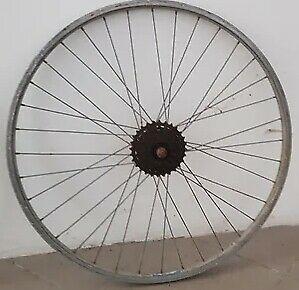 Ruota bicicletta con cambio shimano