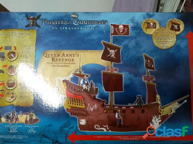 Nave pirata bimbo