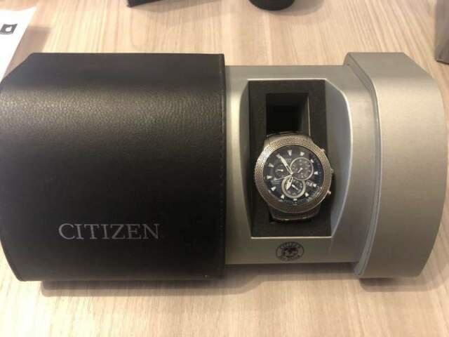 Citizen eco drive radio controllato titanio serie limitata