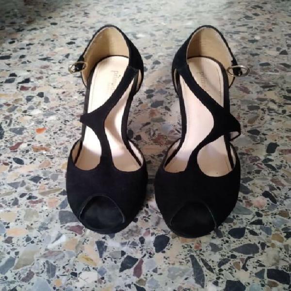 Scarpe eleganti con tacco a spillo nere Prima Donna