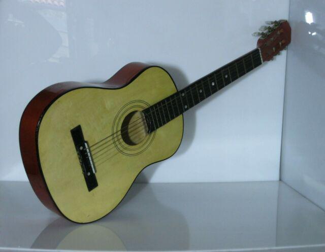 Chitarra acustica formato mini