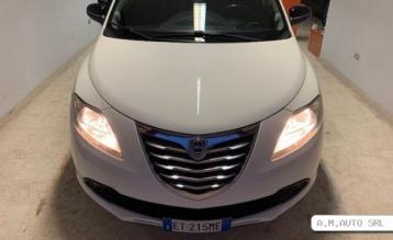 Lancia ypsilon-2013…