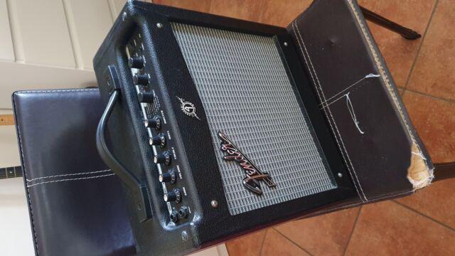 Fender mustang i 20w 230v