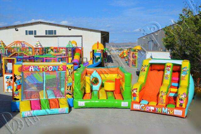 Giochi gonfiabili per bambini scivoli vasca palline