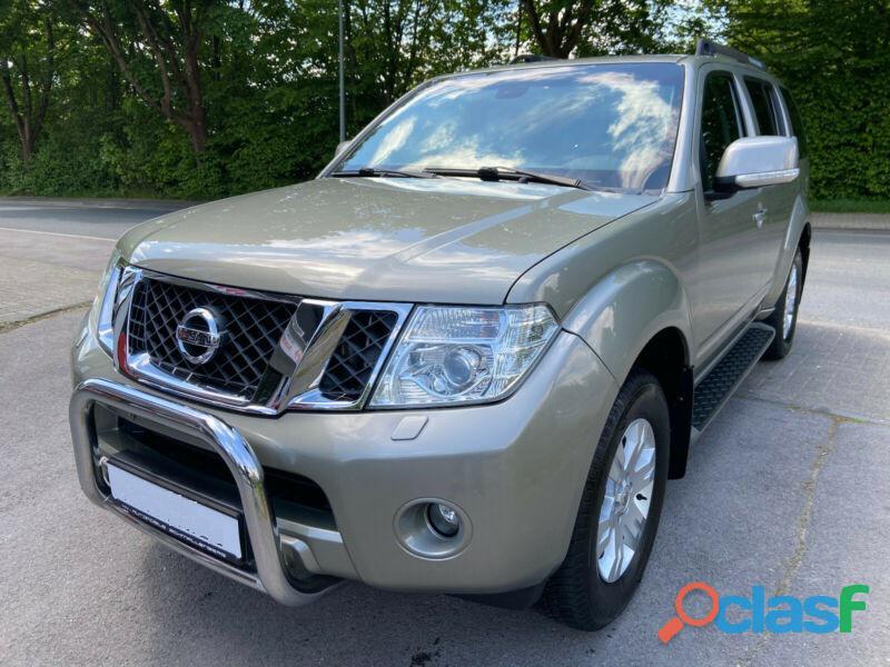 Nissan Pathfinder 2.5 dCi DPF 4x4 Navi