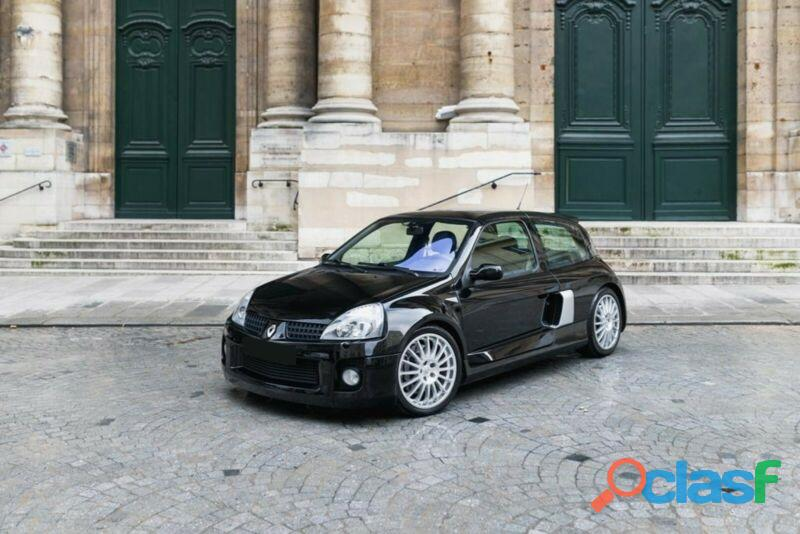 Renault Clio II 3.0 Sport V6 RS