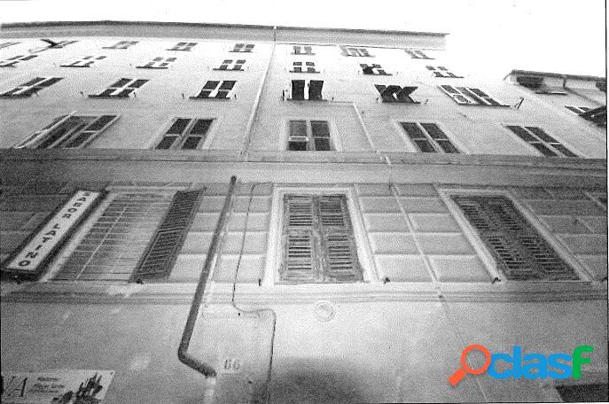 App.to in Asta a Genova Via di Prè 66/1 1