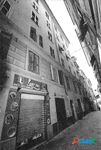 App.to in Asta a Genova Via di Prè 66/1 3