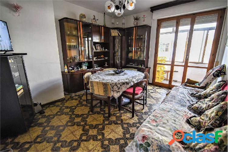 Pontedera - appartamento con garage