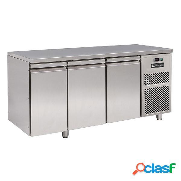 Tavolo frigo con 3 porte prof. 700 mm - temperatura 0°c/+10°c