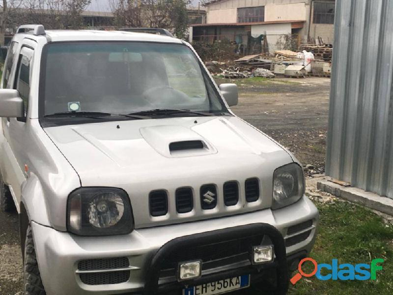 Vendo Suzuki Jimny 1.5