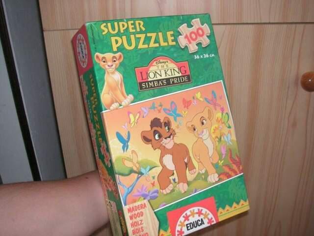Puzzle del re leone con tesserine in legno