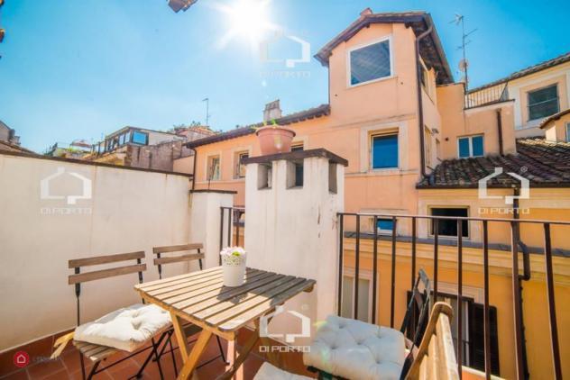 Appartamento di 130mq in via dei banchi nuovi a roma