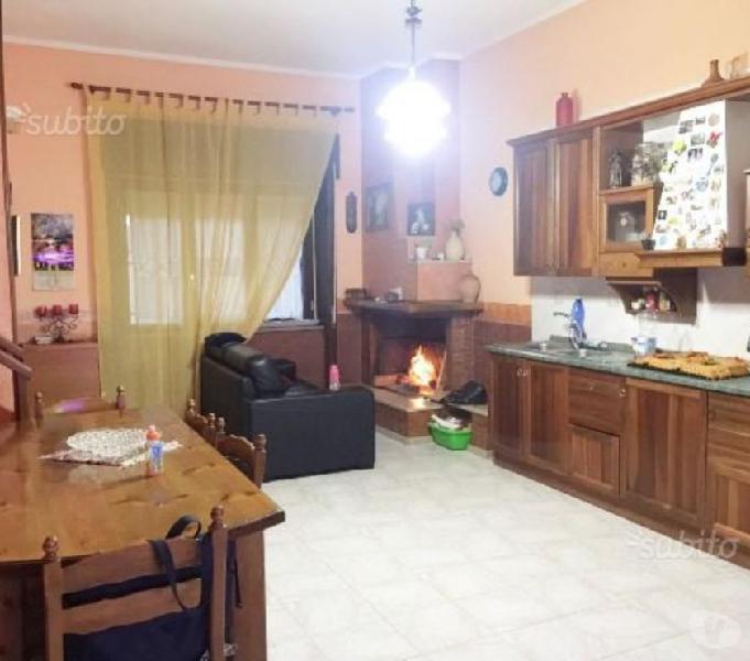 Appartamento in corte centralissimo due livelli