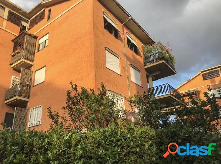 Via dei gonzaga - appartamento con terrazzo