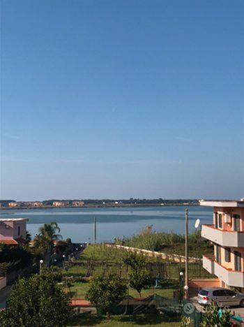 Lago patria villa 2 livelli con giardino panoramico
