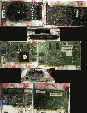 Stock materiale informatico schede video audio e accessori