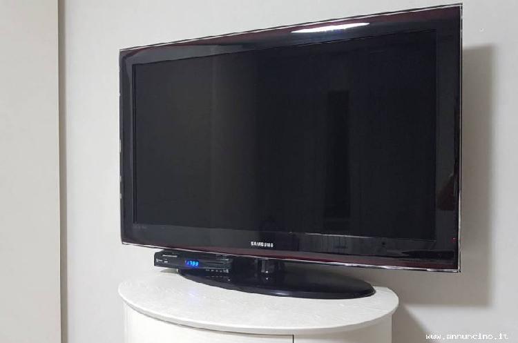 """Usato, tv samsung le40a656a1f lcd 40"""" serie 6 - 100, italia,"""