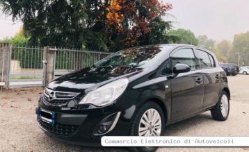 Opel corsa 1.2 benzina e…