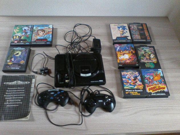 Sega mega drive games console, 2 controller e 9 videogiochi
