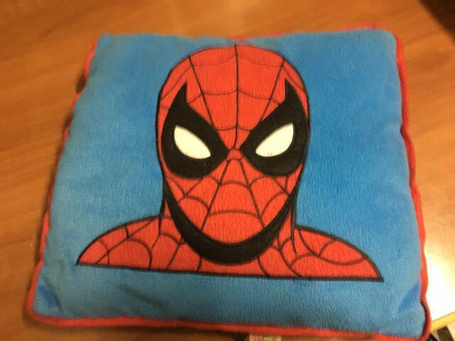 Cuscino in pile spiderman