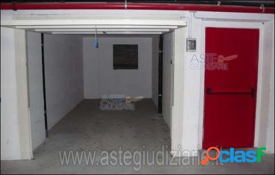 Box in asta a cogoleto(ge)via della fornace 1-3/45