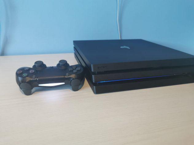 Playstation 4 pro 1tb con giochi