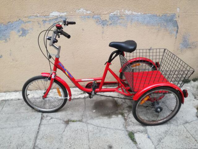 Bici triciclo a tre ruote vintage con marce