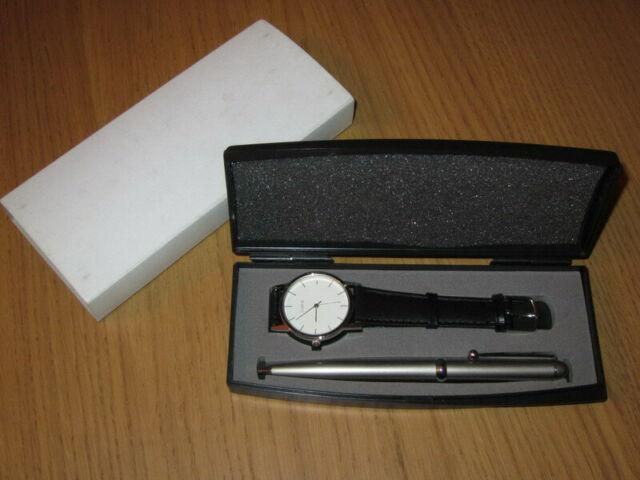 Cofanetto biro e orologio al quarzo. idea regalo economica
