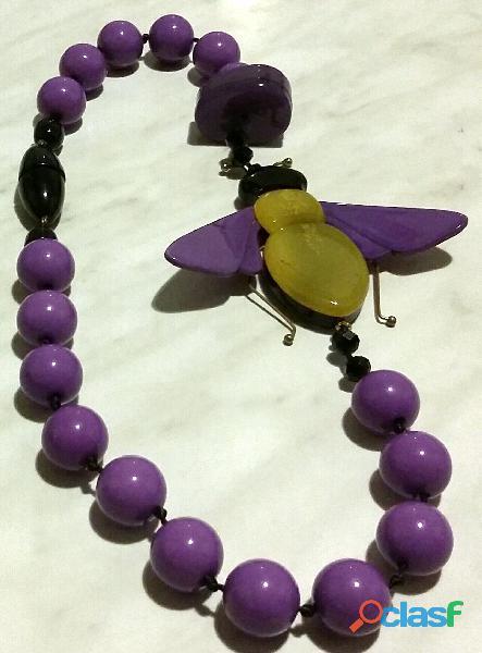 Collana vintage di perle color lavanda e ape tricolore gialla cm.60