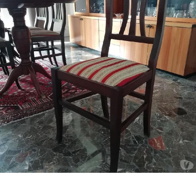 Sedie in legno seduta in raso