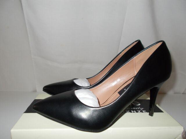 Scarpe nere lucide tacco a spillo
