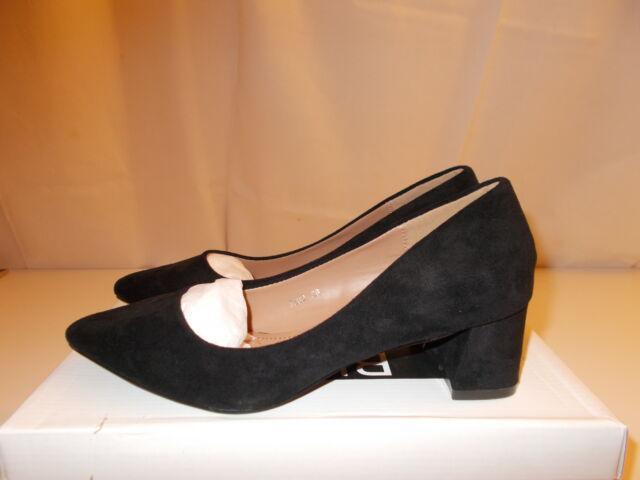Scarpe nere scamosciate tacco medio largo