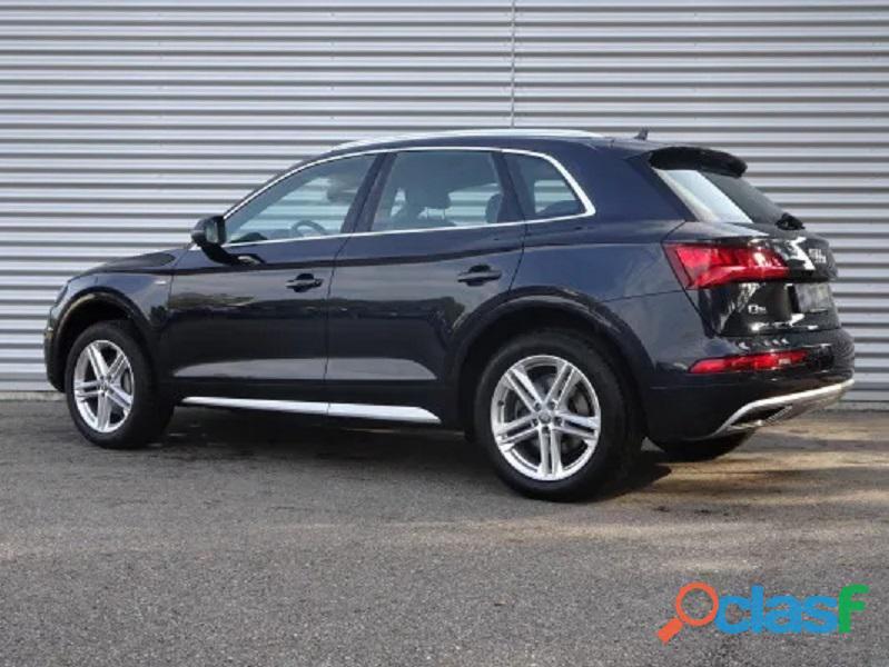 Audi Q5 2.0 TDI sport quattro 1